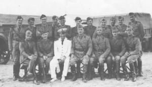 Gli Ufficiali del reparto di Battista Gli Ufficiali alla guida del reparto del soldato Battista.